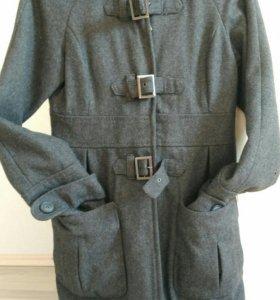 Пальто bershka шерстяное, s