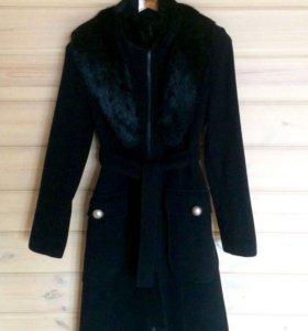 Стильное классическое пальто с мехом кролика