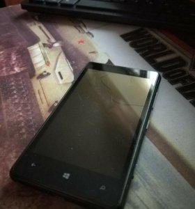 Nokia lumia 820 на запчасти (дисплей разбит,царап)
