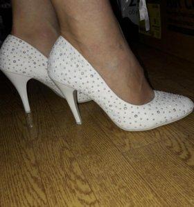 Изумительные туфельки
