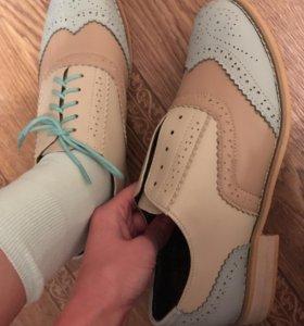 Ботинки новые, кожаные, с мехом!