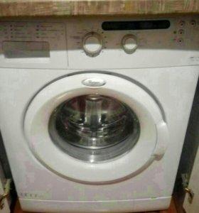 Продам стиральную машину Whirlpool
