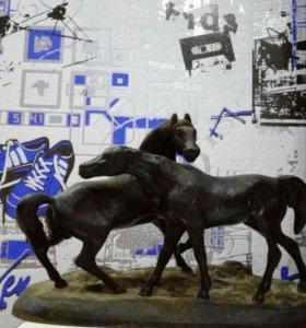 """""""Лошади на воле"""" Каслинское литье, 1975 год."""