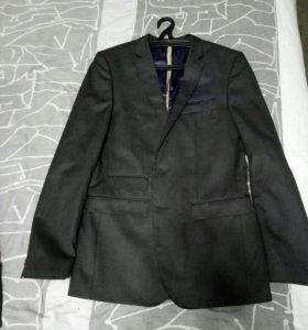Пиджак Zara новый, размер М