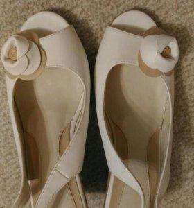 Туфли летние 39 в размер