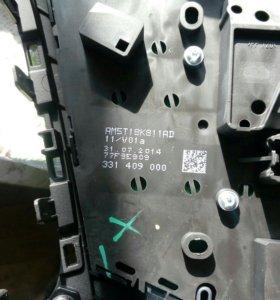 Рамка штатной магнитолы форд фокус 3