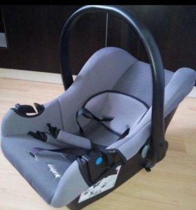 Детское кресло 0-13 кг