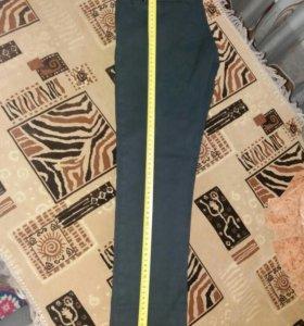 Черные брюки-джинсы на флисе на девочку