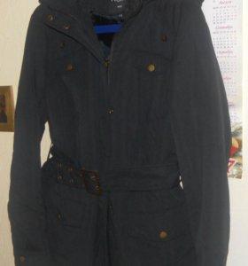 Осенняя куртка новая 48-50р