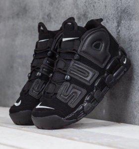 Кроссовки Nike Supreme