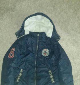 Куртка зима. На 8-9 лет