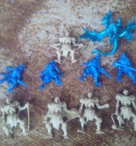 Фигурки войеов и дракона