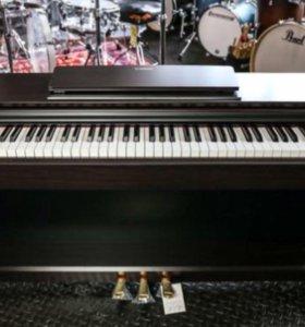 Yamaha YDP 143