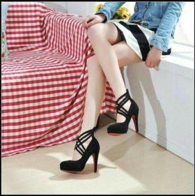 Туфли с перекрёстной шнуровкой