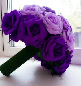 Цветы из креповой бумаги.