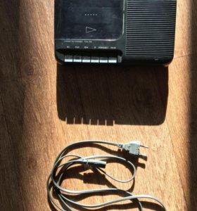 Кассетный магнитофон SONY
