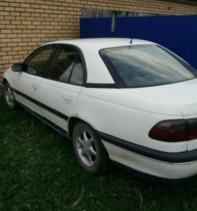 Opel Omega 2.5AT, 1994, седан