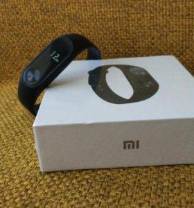 Новый запечатанный фитнес браслет Xiaomi mi band 2