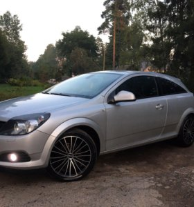 Opel Astra H GTC, 1.6, МКПП, 2010г.