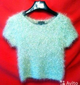 Блуза TOPSHOP новая,мягкая,пушистая