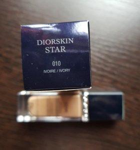 Тональный крем Dior star/ dior undercover
