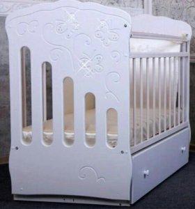 Детская кроватка «Бабочки»