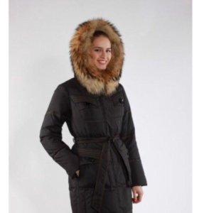 Тёплое пуховое пальто (пуховик)