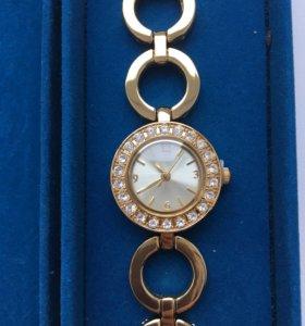 Часы женские oriflame новые!