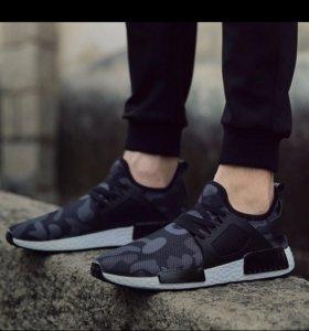 Легкие кроссовки ( новые )