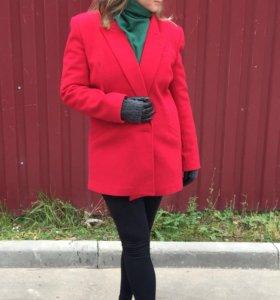 Пальто шерстяное Италия