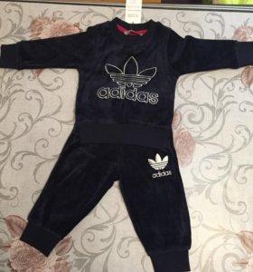 Новый детский спортивный костюм