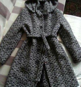 Пальто утепленное на девочку-подростка