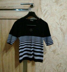 Женская футболка, р-р 44