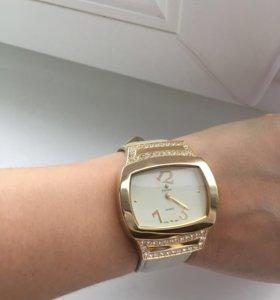Часы наручные Fashion