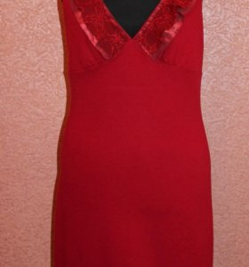 Дизайнерское трикотажное платье