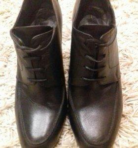 Ботинки ( ботильоны ) новые кожаные женские