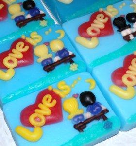 сувенирное мыло ручной работы LOVE IS