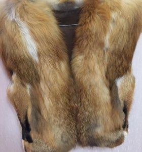 Меховая жилетка(лиса)