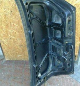 Mercedes-Benz w202 крышка багажника