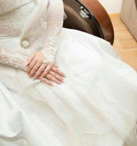 Свадебное платье, туфли ,перчатки