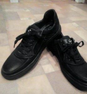 Мужские ботинки кожаные (42 размер)