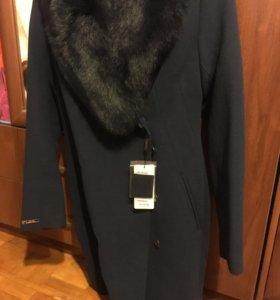 Пальто новое 48размер