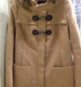 Продам осенние пальто