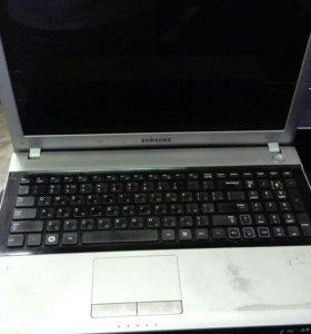 Ноутбук Samsung np rv 520