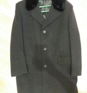 Пальто мужское зимнее. Р.52-54.