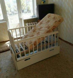 Продам автоматическую кроватку