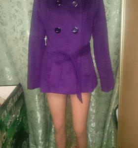 Новые пальто 44-46