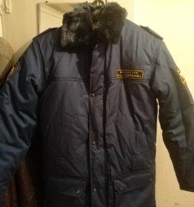 Куртка зимняя новая.