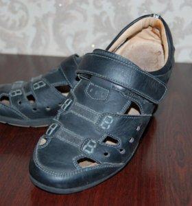 Туфли для мальчика 37 р