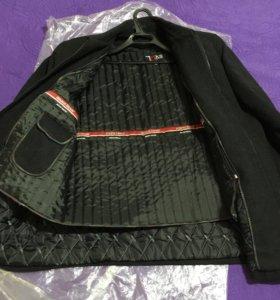 Пальто шерстеное